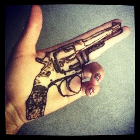 henna tattoo gun 55 best images about henna tattoos on feather