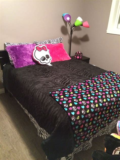 monster bedroom monster high bedroom things my kiddos love pinterest