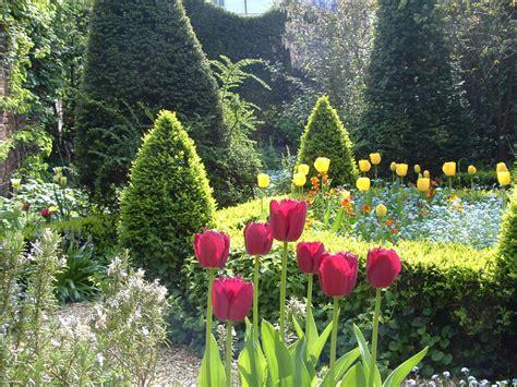 Formal Garden Design - portfolio curious greens curious greens