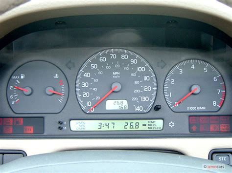 automotive service manuals 2013 volvo c70 instrument cluster image 2003 volvo c70 2 door convertible 2 4l turbo instrument cluster size 640 x 480 type