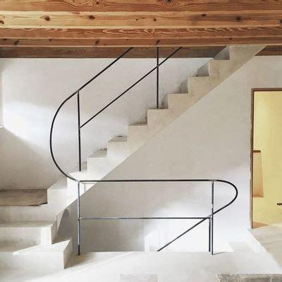 Lunghi Balconi Con Ringhiera by Ringhiere E Recinzioni In Ferro Caratteristiche E Costi