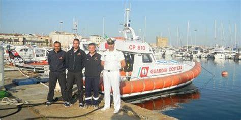 guardia costiera porto torres guardia costiera di porto torres salva 7 diportisti