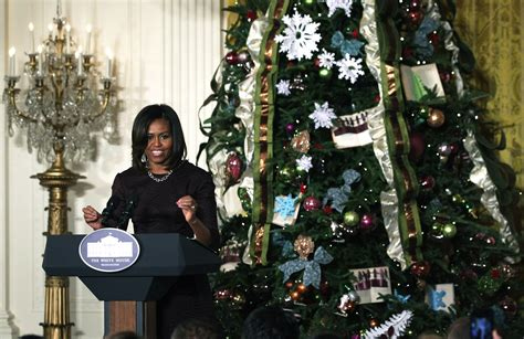 michelle obama white house christmas designers the white house decorations by the numbers vogue
