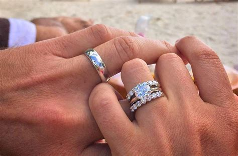 how to wear wedding rings rules for your ring finger oh
