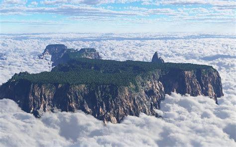 imagenes de venezuela wallpaper roraima monta 241 a venezuela sobre el clouds fondo de