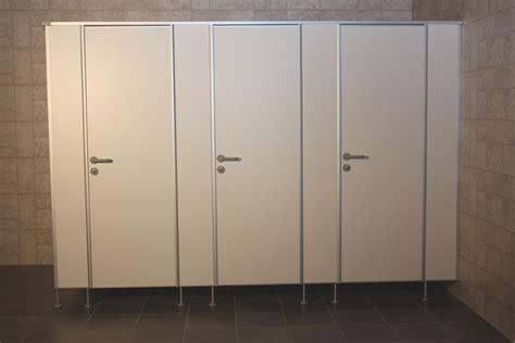 wc mit wasserstrahl preis gro 223 artig trennwand toilette wc trennw 228 nde system tf preis