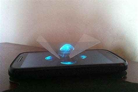 diy 3d holographic projection pyramid holographic projection gadgetsin