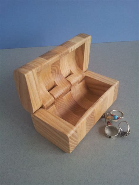 make all from wood a really cool project idea for the future a ring box