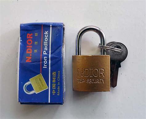 Gembok Ukuran Kecil kunci gembok kuning ukuran kecil 20mm
