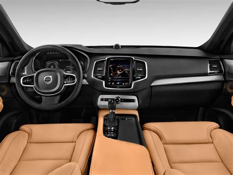 image  volvo xc awd  door  inscription dashboard size    type gif posted