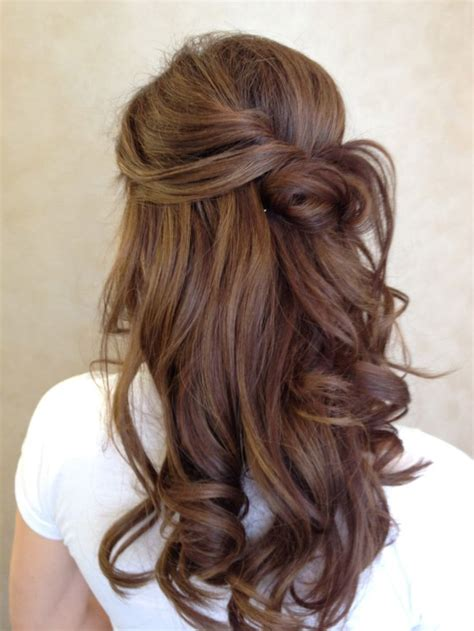different going out hairstyles soft romantic waves never seem to go out of style after