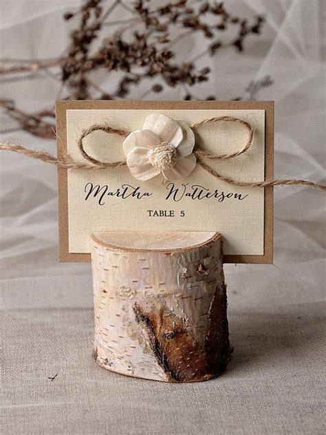 Best 10  Rustic place cards ideas on Pinterest   Wedding