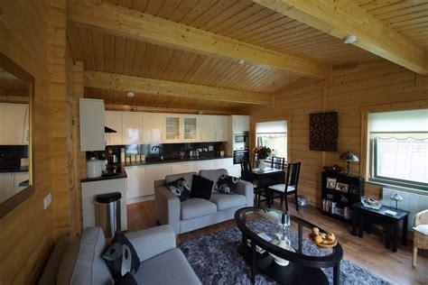 granny annexes norwegian log