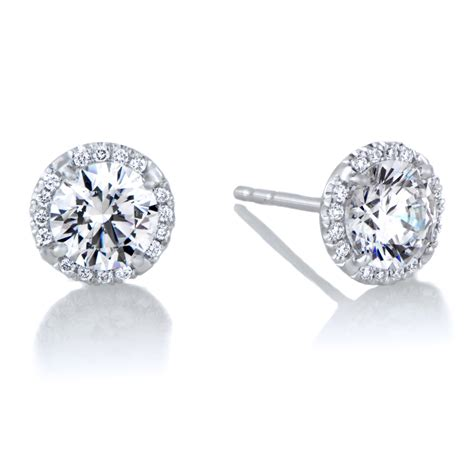 Stud Earring buy the best stud earrings gifted