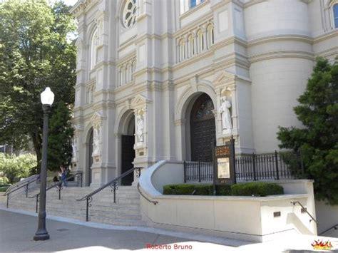 churches in sacramento