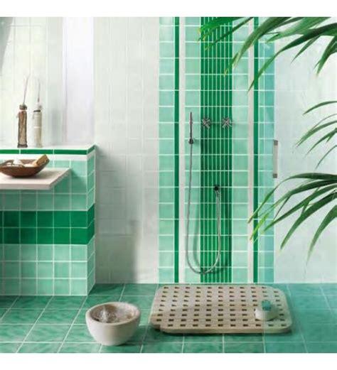 piastrelle bagno verde piastrelle bagno verde smeraldo decorazioni per la casa