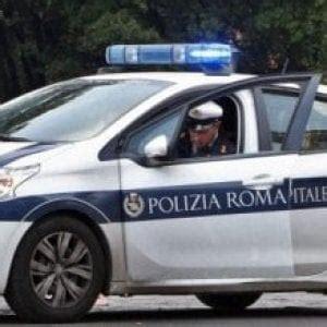 polizia municipale firenze ufficio verbali multe tolte ai commercianti a roma i pm quot a processo la