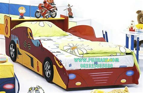 Ranjang Anak Bentuk Mobil tempat tidur anak mobil balap ranjang anak mobil balap