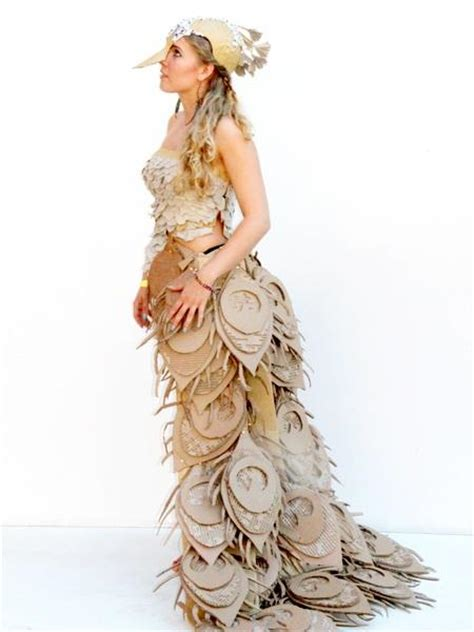 i love this material this dress is made out of on pinterest diy halloween costumes cardboard costumes creative
