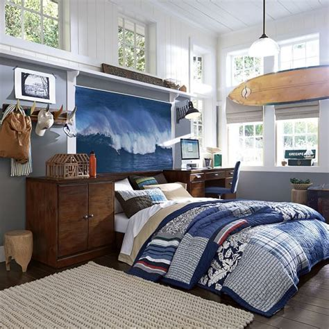 surf themed bedroom best 25 surf theme bedrooms ideas on pinterest surf bedroom boys surf room and