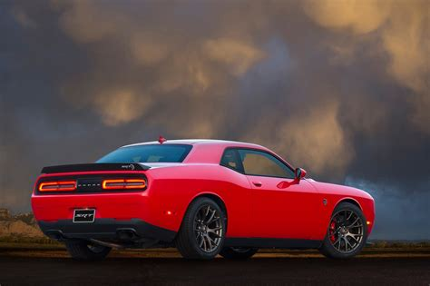 hellcat challenger 2017 2017 dodge challenger reviews and rating motor trend