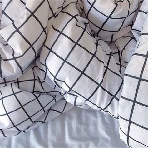 Grid Bed Sheets by Home Accessory Grid Bedding Bed Set Black White
