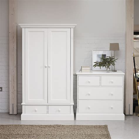 Small White Wardrobe With Drawers Classic White Small Wardrobe Goodglance