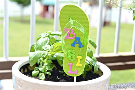 ideas for flip flop craft projects flip flop crafts for sheknows crafty