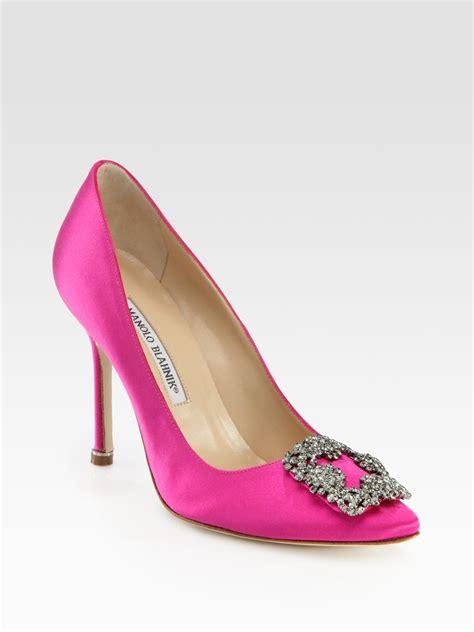 Pantofel Manolo Blahnik Satin manolo blahnik hangisi 105 satin pumps in pink lyst