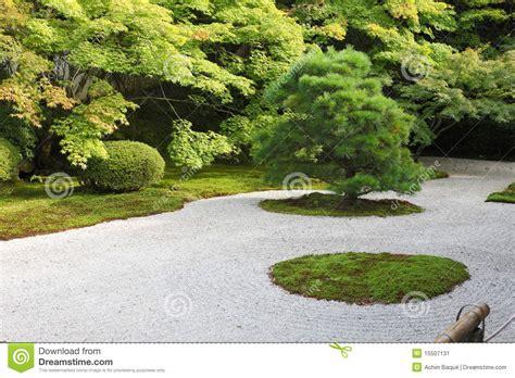japanese rock gravel garden stock photos image 4283013 design 26 chsbahrain com