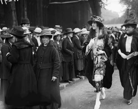 biography lady diana cooper vita sackville west at the wedding of lady diana manners