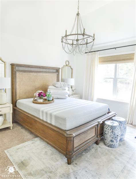 bedroom essentials 8 guest bedroom essentials and luxuries your company will