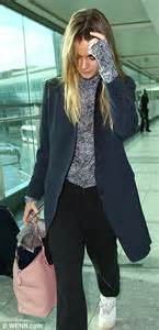 Azkasyah Daily Blouse Mulberry M cressida bonas returns to from la after mulberry