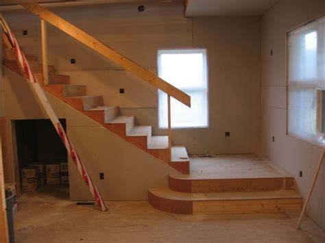 Design Ideas For Stairs And Landings by Stair Landing Design Stair Landing Design Decor Door Stair Design