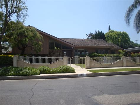 brady bunch house pin brady bunch house on pinterest