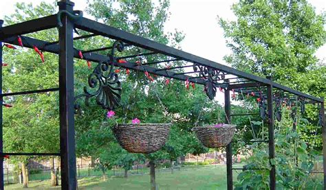 how to build an arbor trellis build a grape vine trellis idea outdoor decorations