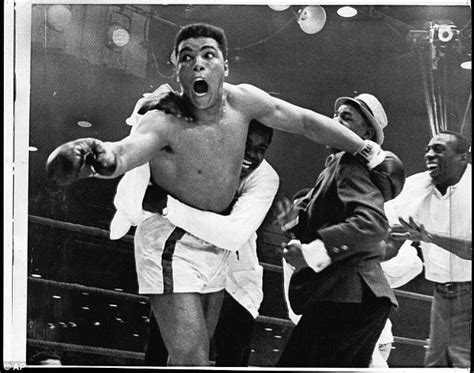Muhammad Ali In Three muhammad ali hospitalized with pneumonia daily mail