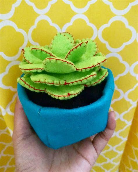 cara membuat hiasan natal dengan kain flanel 5 cara membuat hiasan berbentuk kaktus dari flanel dll