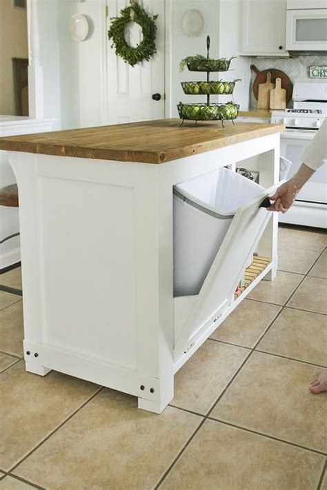 do it yourself kitchen islands best 25 diy kitchen island ideas on build