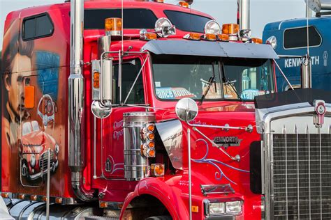big kenworth trucks kenworth wallpapers free high resolution backgrounds to