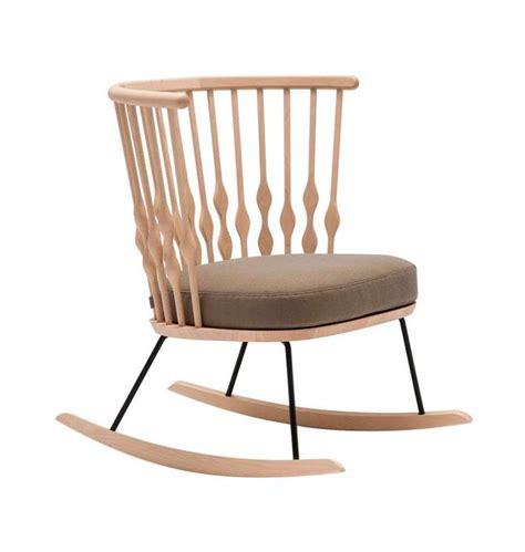 moderner schaukelstuhl moderner schaukelstuhl oder schaukelsessel fur entspannte