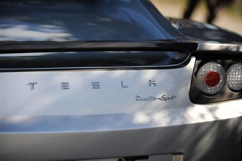 Tesla Roadster Battery Replacement Tesla Roadster To Get Replacement Battery 400 Mile Range