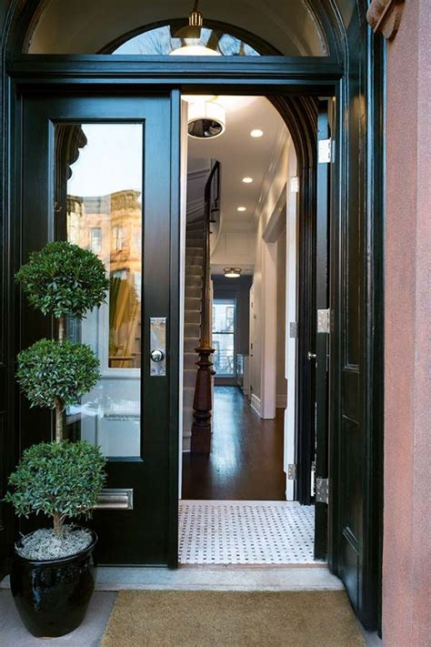 townhouse entryway ideas 25 best ideas about brooklyn brownstone on pinterest