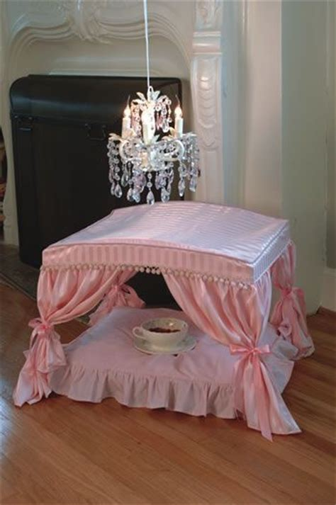 dog canopy bed canopy dog bed i m thinking that coco needs this bed and i m loving the food bowl