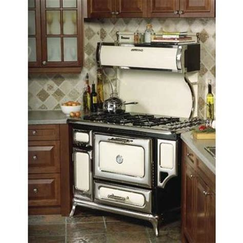 antique kitchen appliances homethangs com offers major rebates on heartland vintage
