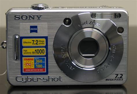 Kamera Sony 7 2 Megapixel Sony Cyber Dsc W70 Digital Review