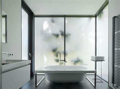 bad fenster blickdicht badezimmerfenster blickdicht haus ideen
