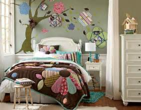 15 cool and well expressed teen bedroom collection home design lover colourful eclectic funky beige green pink white bedroom with carpet