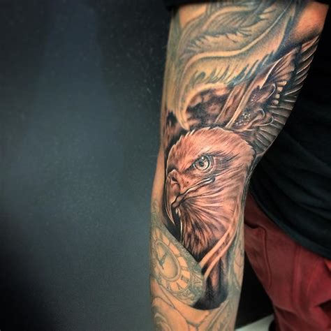 eagle sleeve tattoo 100 best eagle designs meanings spread your