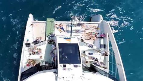 eco catamaran barcelona catamar 225 n ecol 243 gico para eventos de hasta 147 invitados
